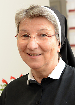 Sr. Mag. Sonja Dolesch
